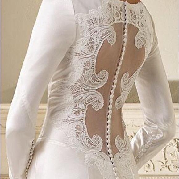 40c1153ec19 Alfred Angelo Twilight Bridal Wedding Dress